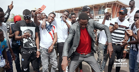 King Kj Arrivée à Bamako (Vidéo)