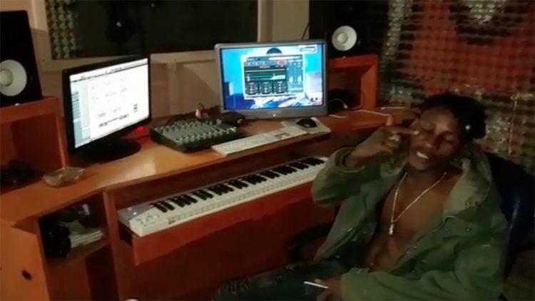 Brigadier en direct du studio M3 Music (Freestyle Vidéo)