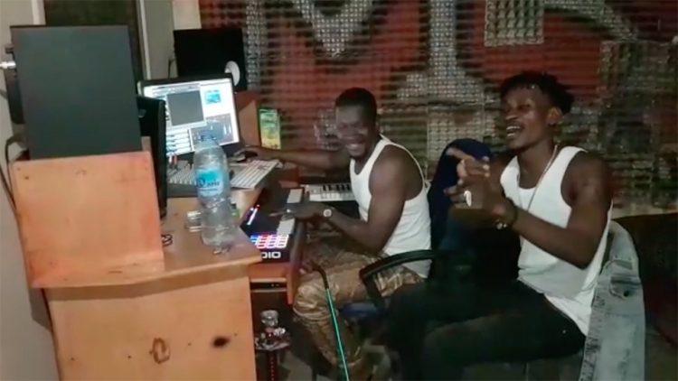 BRIGADIER en direct du studio M3 MUSIC pour le titre RINTIN (Freestyle Vidéo)